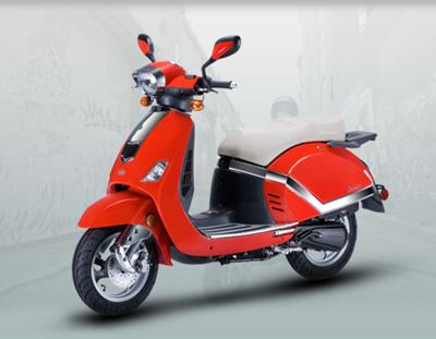 Scooterchick - Flyscooters Lavie picture