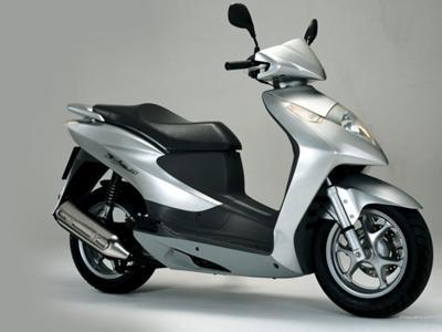 Honda SES Dylan 125 cc