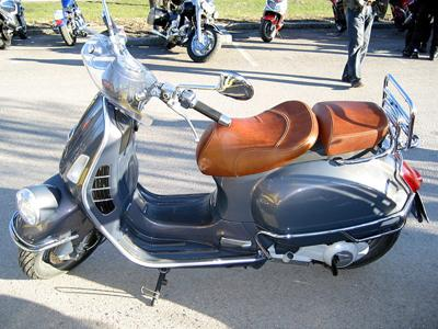 A Vespa GTV, courtesy of Wikipedia Commons